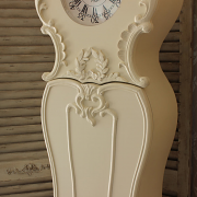 Kensington Range - Ivory Grandma Clock