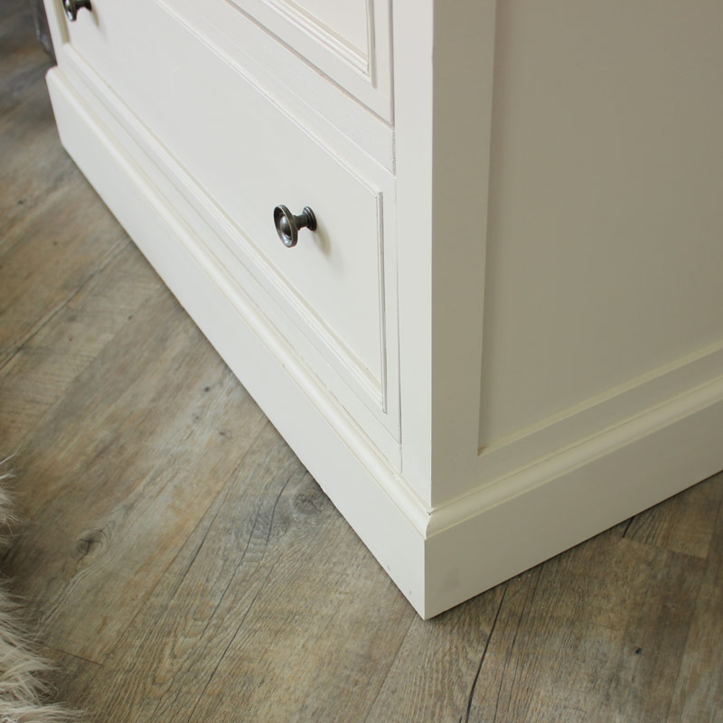 Cotswold Range - 3 Drawer Chest