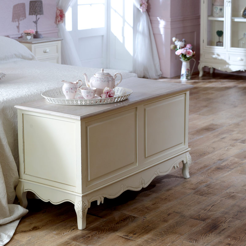 Country Ash/Belfort Country Blanket Box