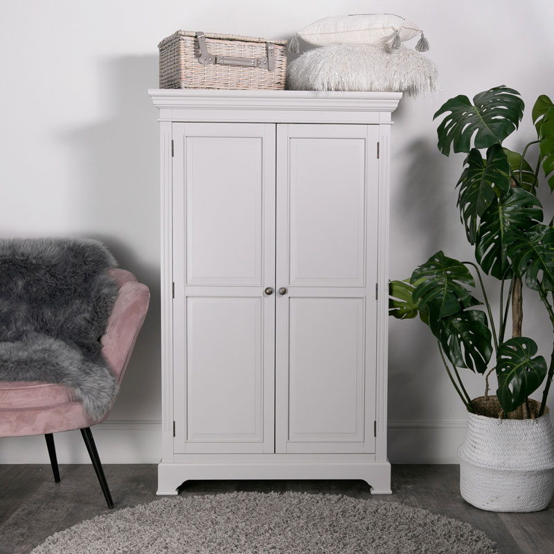 Large Linen Closet/Low Wardrobe - Daventry Dove-Grey Range