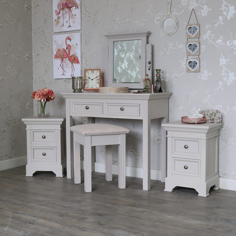5 Piece Bedroom Furniture Set - Daventry Taupe-Grey Range