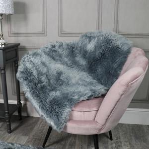 Single Pelt Grey Faux Fur Rug 65cm x 100cm
