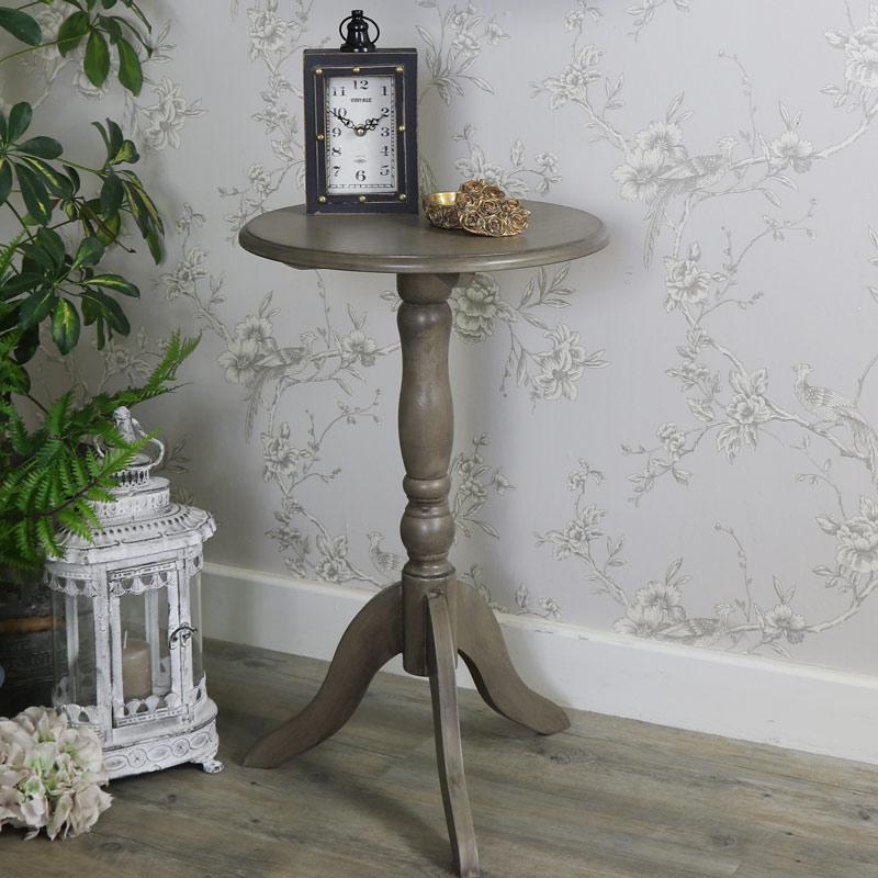 Hornsea Range - Wooden Pedestal Table